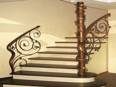 Лестница из искусственного камня в Гомеле