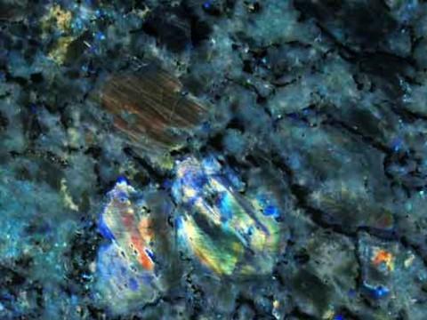 LABRADORITE MADAGASCAR BLUE